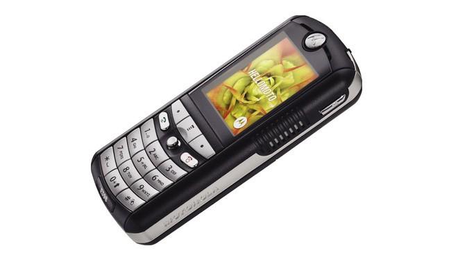 Ngược dòng thời gian: Những chiếc điện thoại giúp tên tuổi Motorola luôn sống mãi trong lòng người dùng - Ảnh 7.
