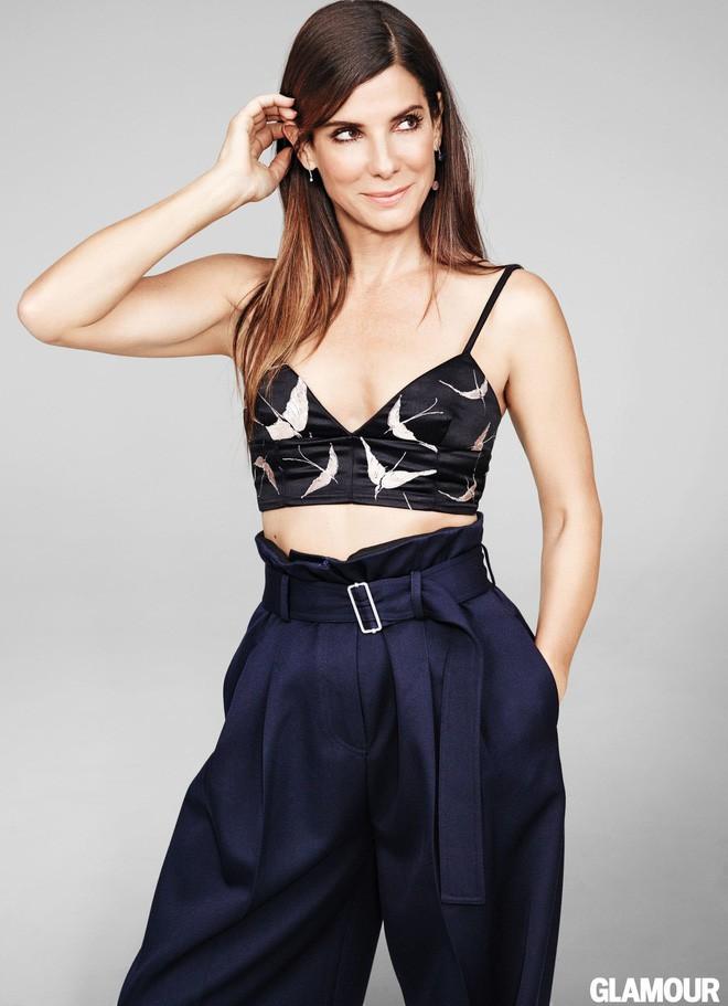 Mỹ nhân đẹp nhất thế giới Sandra Bullock: Cú sốc bị lạm dụng tình dục và nỗi đau của người đàn bà bị chồng phản bội - Ảnh 4.