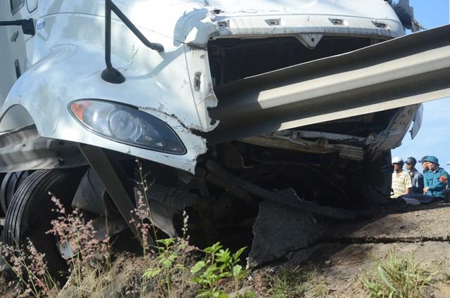 Hiện trường kinh hoàng vụ tai nạn khiến chú rể và 12 người đi rước dâu tử vong ở Quảng Nam - Ảnh 7.