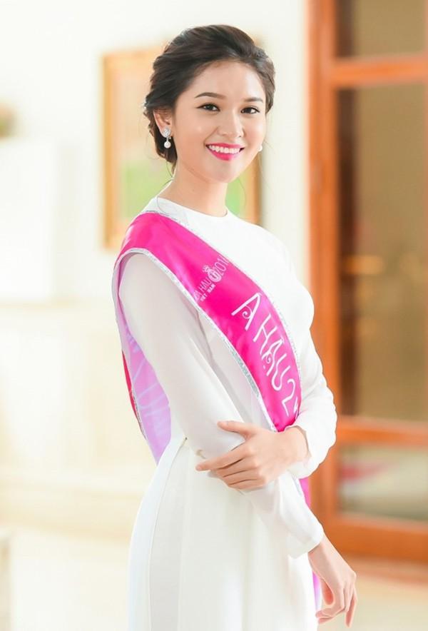 3 cô gái xinh đẹp của Top 3 Hoa hậu Việt Nam 2016 giờ ra sao? - Ảnh 11.