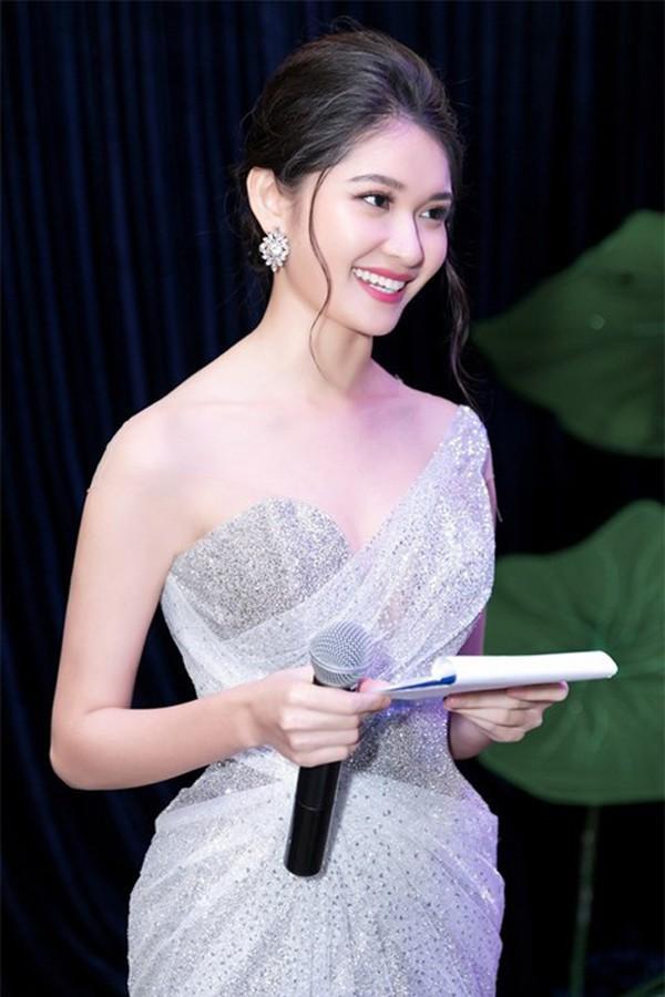 3 cô gái xinh đẹp của Top 3 Hoa hậu Việt Nam 2016 giờ ra sao? - Ảnh 14.
