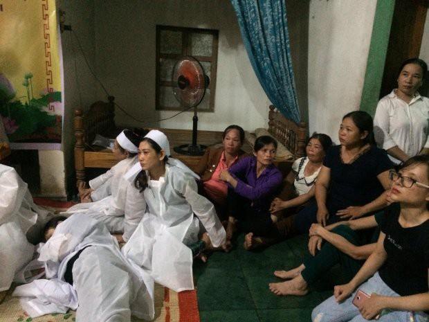 Nghẹn lòng di ảnh chú rể trong vụ tai nạn thảm khốc ở Quảng Nam được cắt vội từ ảnh cưới - Ảnh 3.