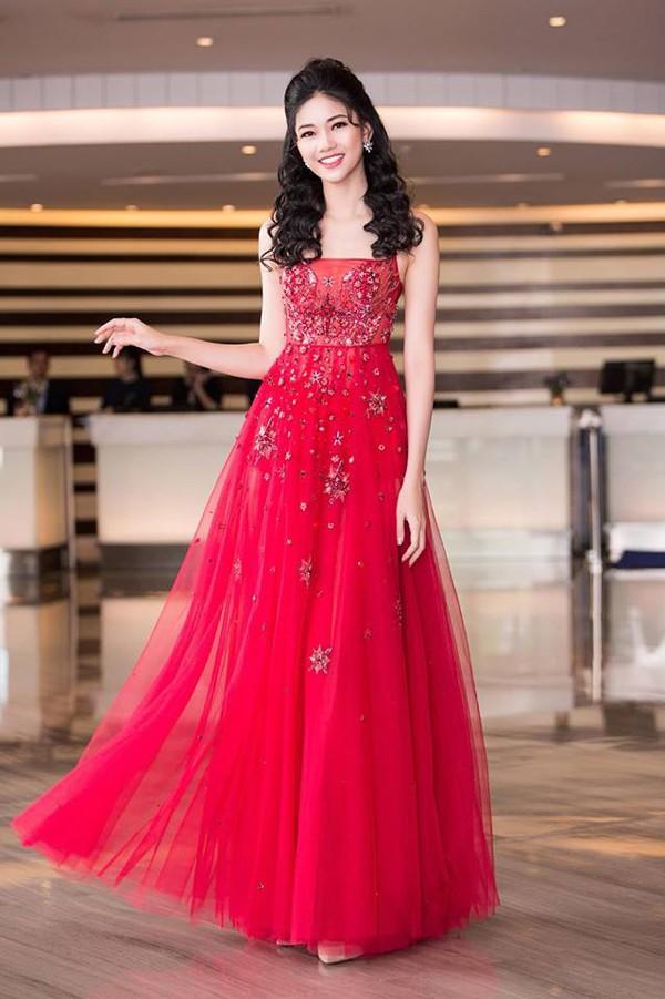 3 cô gái xinh đẹp của Top 3 Hoa hậu Việt Nam 2016 giờ ra sao? - Ảnh 7.