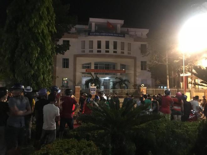Bắt tạm giam 4 người trong vụ gây rối ở Bình Thuận - Ảnh 1.