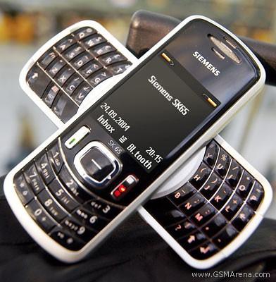 Từ thời đập đá cho đến kỷ nguyên smartphone, phong cách thiết kế điện thoại độc lạ vẫn còn đấy thôi! - Ảnh 7.