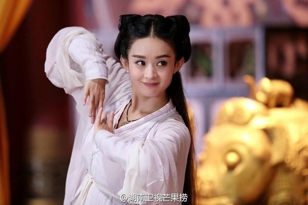 So sánh 5 cô bạn gái của Phùng Thiệu Phong: Người bị chê EQ thấp, kẻ lộ ảnh nóng thuở chập chững vào nghề - Ảnh 13.