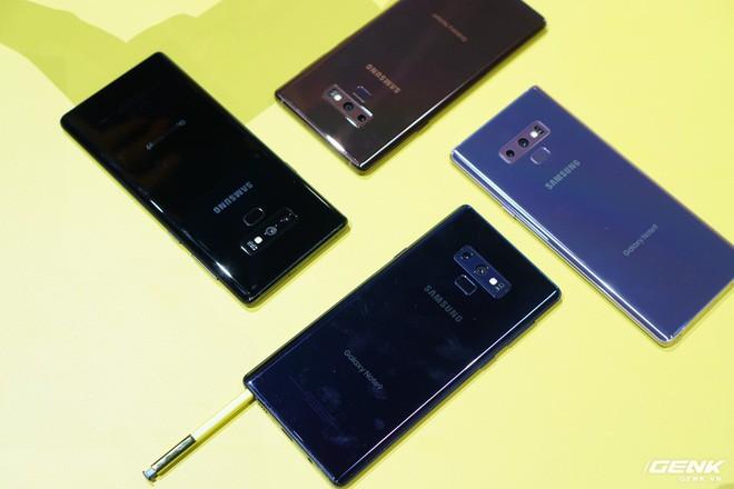 Ảnh thực tế Galaxy Note9 vừa mới ra mắt: Có những gì đỉnh hơn người tiền nhiệm Note8? - Ảnh 17.