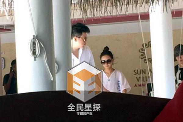 So sánh 5 cô bạn gái của Phùng Thiệu Phong: Người bị chê EQ thấp, kẻ lộ ảnh nóng thuở chập chững vào nghề - Ảnh 22.