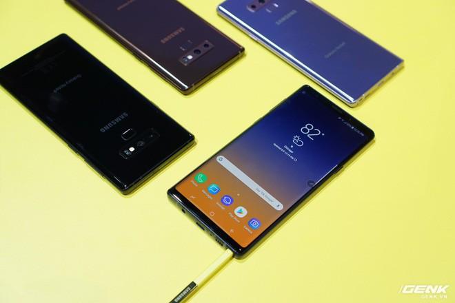 Ảnh thực tế Galaxy Note9 vừa mới ra mắt: Có những gì đỉnh hơn người tiền nhiệm Note8? - Ảnh 24.