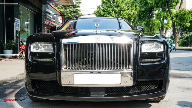 Chi tiết hãng Rolls-Royce Ghost bán lại có giá gần 11 tỷ đồng ở Hà Nội - Ảnh 1.