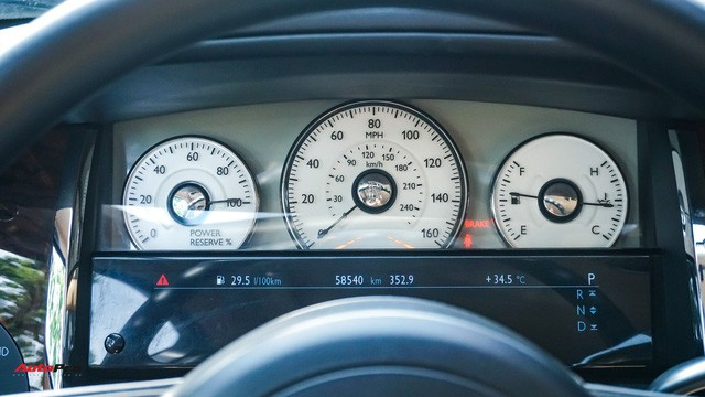 Chi tiết hãng Rolls-Royce Ghost bán lại có giá gần 11 tỷ đồng ở Hà Nội - Ảnh 10.