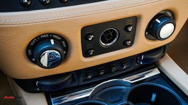 Chi tiết hãng Rolls-Royce Ghost bán lại có giá gần 11 tỷ đồng ở Hà Nội - Ảnh 16.