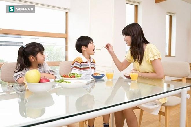 Có mẹ là 1 trong 3 kiểu người dưới đây, đừng hỏi vì sao con cái không thể trở nên ưu tú - Ảnh 1.