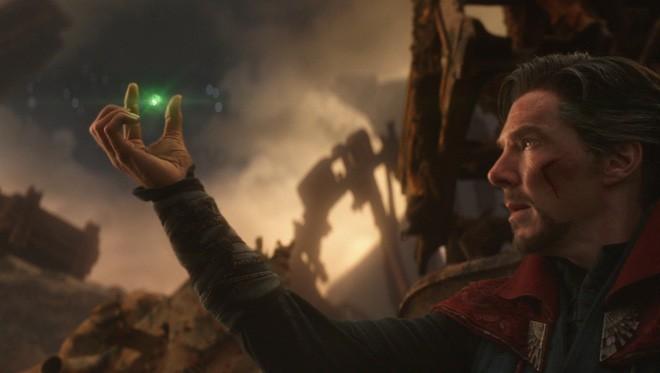 Giả thuyết gây sốc toàn tập về Avengers - Infinity War: Dr. Strange đã sử dụng viên đá Thời Gian mà không ai ngờ tới - Ảnh 2.
