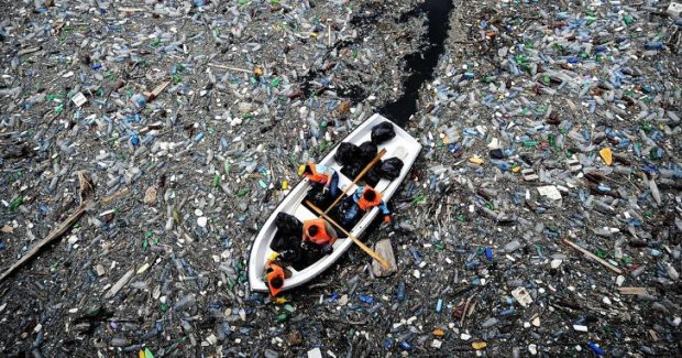 16 bức ảnh về thực trạng ô nhiễm môi trường khiến thế giới giật mình - Ảnh 1.