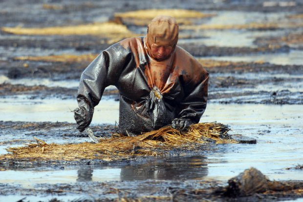 16 bức ảnh về thực trạng ô nhiễm môi trường khiến thế giới giật mình - Ảnh 17.
