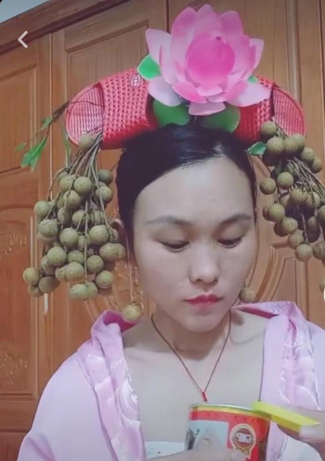 Mê mẩn Diên Hi Công Lược, hội chị em rủ nhau dùng đồ của nhà trồng được để hóa thân thành cung tần mỹ nữ - Ảnh 3.