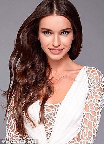 Ảnh: Bạn gái xinh đẹp của cựu Phó Thủ tướng Nga đi thi hoa hậu Ukraine - Ảnh 1.