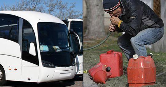 Úc: Toan hút trộm xăng, nhóm thanh niên móc nhầm ống vào bể phốt trên xe bus - Ảnh 1.