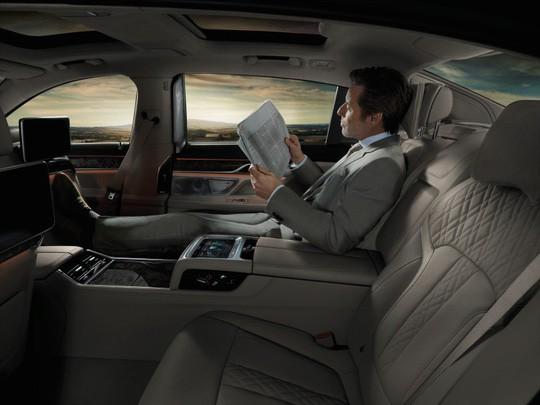 Lô xe BMW mới do Thaco nhập khẩu đã về cảng - Ảnh 4.
