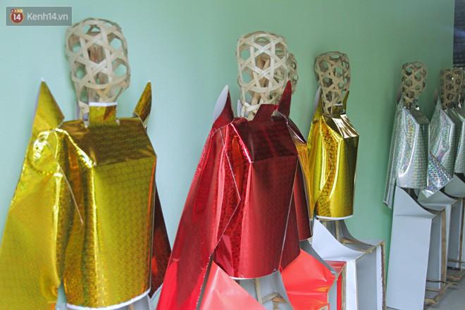 Thủ phủ vàng mã lớn nhất Hà Nội bán cô dâu, chú rể và cả osin cao cấp để đốt cho người cõi âm - Ảnh 11.