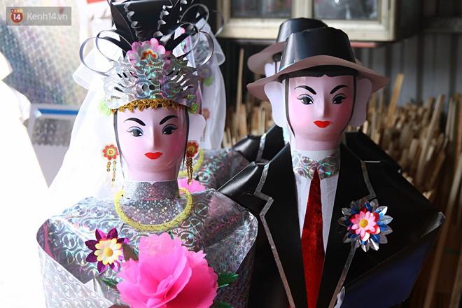 Thủ phủ vàng mã lớn nhất Hà Nội bán cô dâu, chú rể và cả osin cao cấp để đốt cho người cõi âm - Ảnh 4.