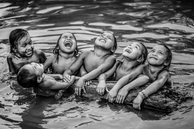 Những bức ảnh kinh ngạc về cuộc sống của thổ dân da đỏ bí ẩn ở Brazil - Ảnh 5.