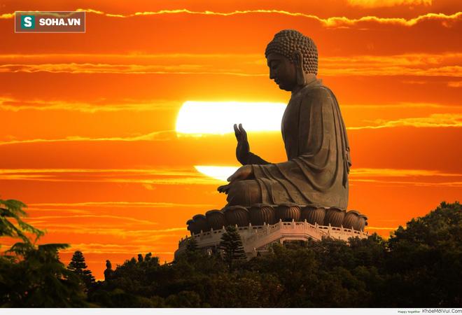 Thi 10 năm không đỗ, chàng trai dâng lễ cầu xin Phật Tổ và nhận về cái kết ngoài ý muốn - Ảnh 2.