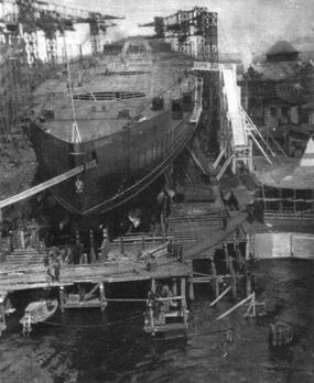 Vì sao Nga chưa từng trở thành cường quốc tàu sân bay? - Ảnh 1.