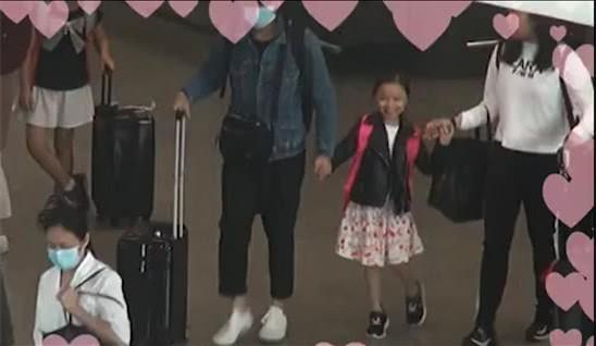 Lưu Đức Hoa bỏ ra hơn 3 tỷ đồng để thuê vệ sĩ bảo vệ con gái vừa vào lớp 1 - Ảnh 2.
