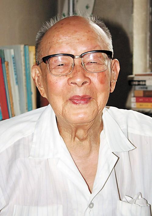 Danh nhân 112 tuổi chưa đi viện, không uống thuốc bổ tiết lộ 5 bí quyết sống khỏe mạnh - Ảnh 4.