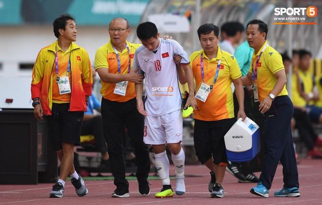 HLV Phạm Minh Đức: Hùng Dũng quá quan trọng với Olympic Việt Nam, rất khó để khỏa lấp vị trí - Ảnh 2.