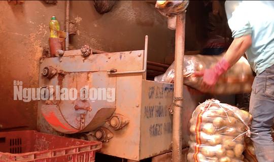 VIDEO: Vạch mặt chiêu trò phù phép nông sản Trung Quốc nhái Đà Lạt - Ảnh 4.