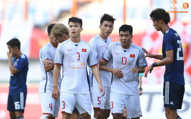 HLV Phạm Minh Đức: Hùng Dũng quá quan trọng với Olympic Việt Nam, rất khó để khỏa lấp vị trí - Ảnh 6.