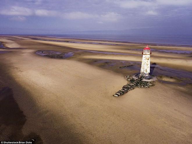 15 ngọn hải đăng đẹp nhất thế giới - Ảnh 9.