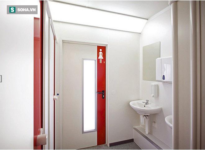 Nên mở hay đóng cửa nhà vệ sinh: Nhiều người đã làm sai khiến mầm bệnh sinh sôi - Ảnh 1.