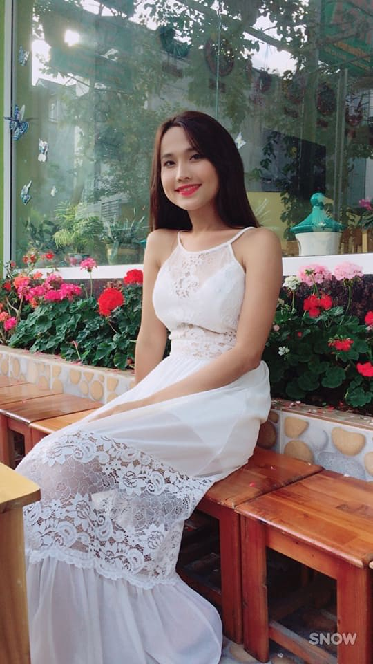 Hoa hậu Chuyển giới đầu tiên của Việt Nam: Công việc lận đận, bị đồng nghiệp soi mói - Ảnh 10.