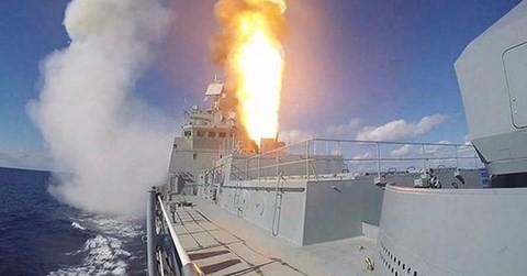 """Nga phát triển vũ khí chống tàu ngầm mới, trang bị vũ khí cho """"thợ săn đêm"""" - Ảnh 1."""