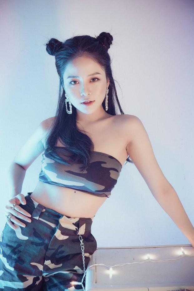 Không cần diện bikini, hot girl World Cup Trâm Anh vẫn đốt mắt người xem với đường cong nóng bỏng - Ảnh 6.