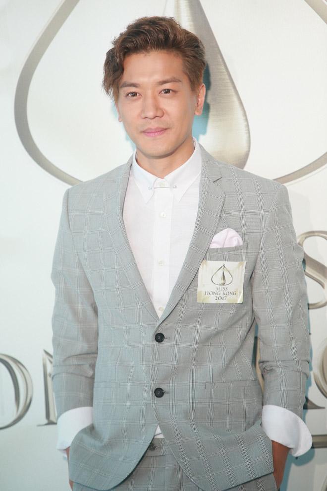 Gia đình vợ coi thường nghèo hèn, sao nam TVB có hành động khiến nhiều người ngưỡng mộ - Ảnh 2.