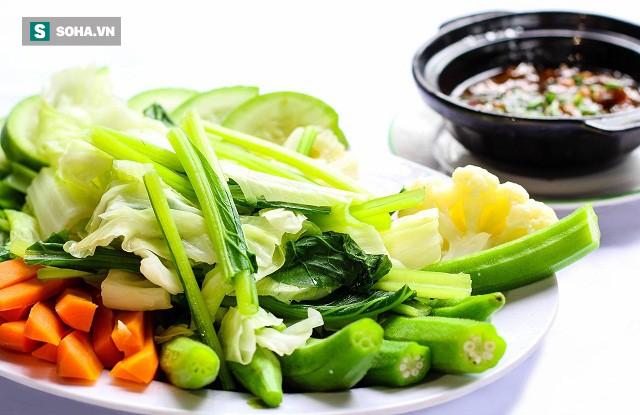 Đổ xô ăn chay thanh lọc cơ thể: Chuyên gia hàng đầu chỉ cách ăn đúng - Ảnh 1.