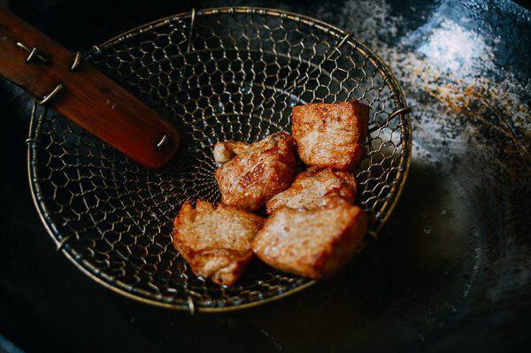 Nếu muốn có thêm công thức nấu đậu phụ mới thì đừng bỏ qua cách làm này vì sẽ ngon khó cưỡng - Ảnh 2.