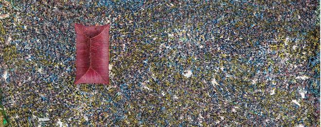 Choáng ngợp với những tấm ảnh chụp từ trên không các nghĩa địa xe đạp tại Trung Quốc - Ảnh 3.