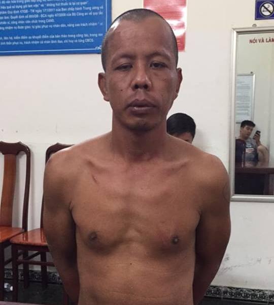 Bắt thanh niên giữa đêm cầm búa đập phá ô tô ở Đà Nẵng - Ảnh 1.