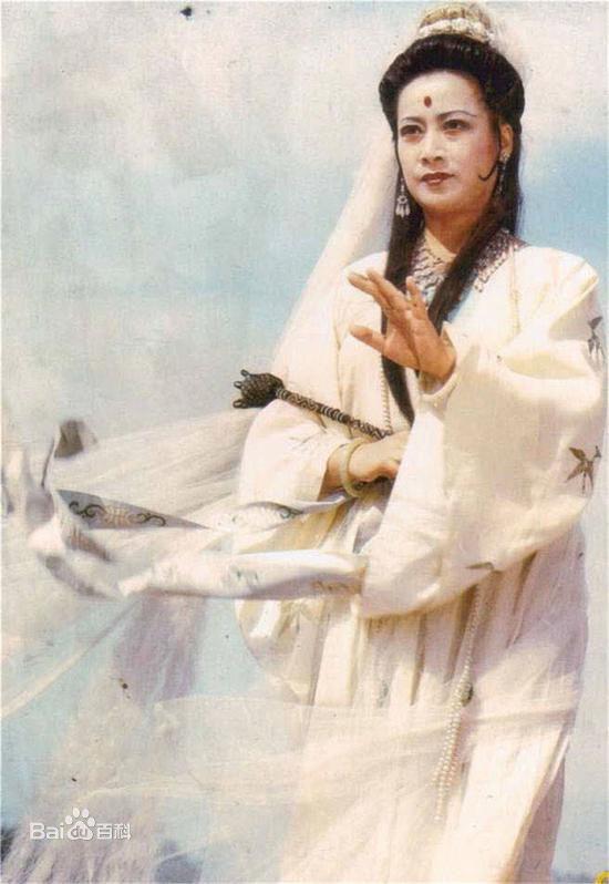 Câu chuyện Quan Thế Âm Bồ Tát vì vai diễn để đời mà bị thờ sống và cuộc sống bình yên như tiên ở tuổi 75 - Ảnh 2.
