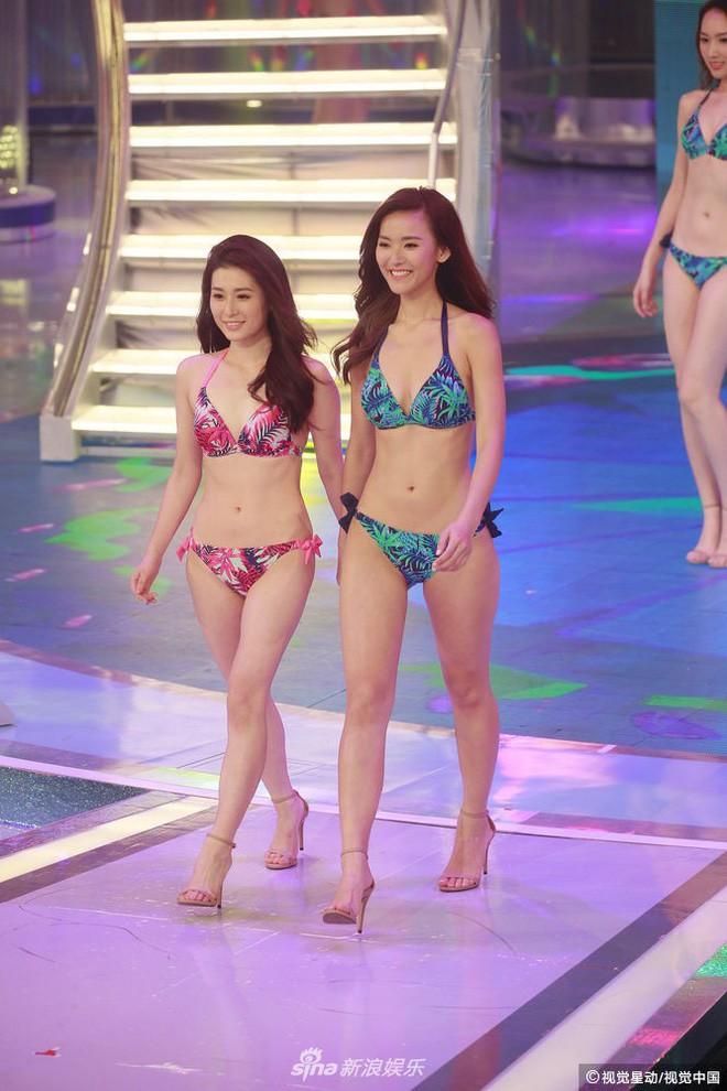 Chung kết Hoa hậu Hong Kong 2018: Người giành vương miện bị chê lép, dân tình than trời vì Á hậu 1 và 2 - Ảnh 26.