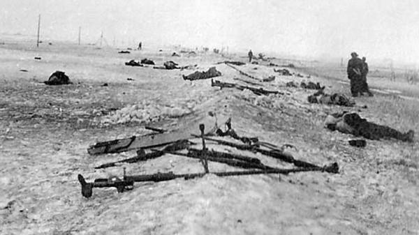 Những chiến binh bất tử của lính dù Nga: 430 người chặn đứng 200 xe tăng, 20.000 quân Đức - Ảnh 3.