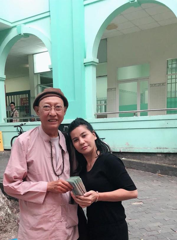 Cát Phượng và bạn trai quyên góp hơn 600 triệu ủng hộ Lê Bình, Mai Phương - Ảnh 2.