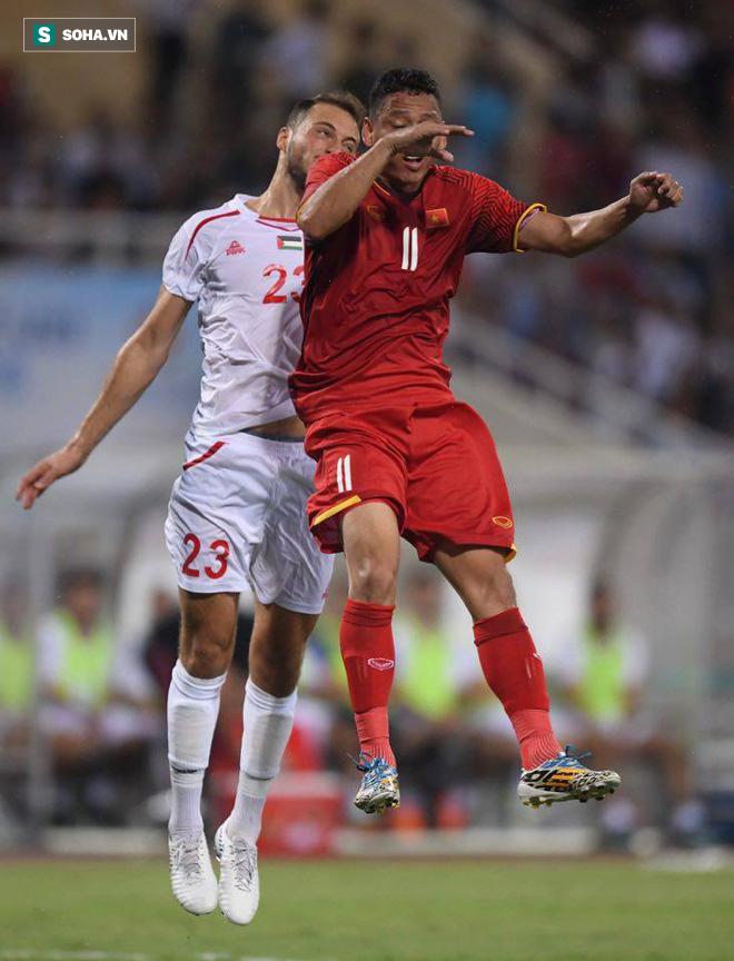 """Công Phượng rực sáng, U23 Việt Nam hóa """"cơn lốc đỏ"""" thổi bay Palestine - Ảnh 1."""