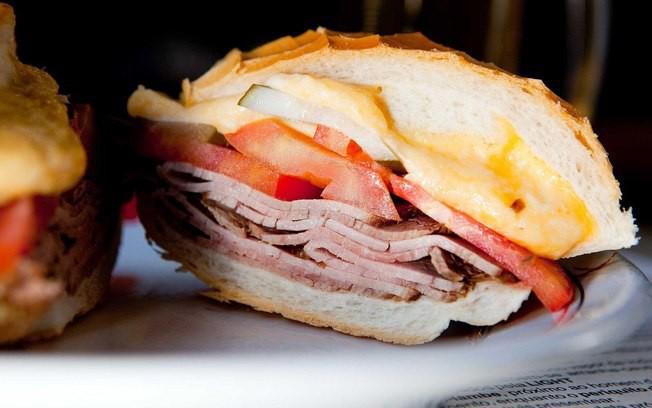 Trong 16 loại bánh mì ngon xuất sắc trên thế giới, bánh mì Việt khác biệt thế nào? - Ảnh 5.